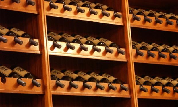 Weinlagerung im Weinkeller