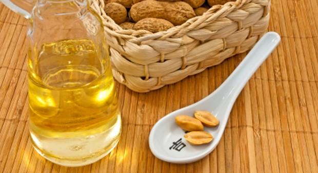 Erdnussöl