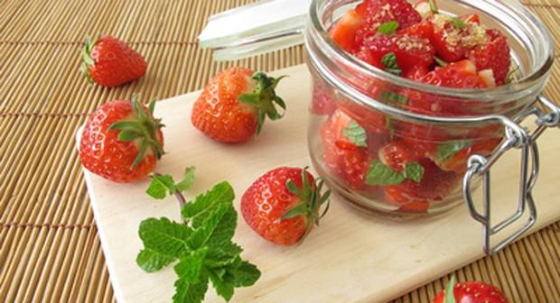 Erdbeeren eingeblitzt