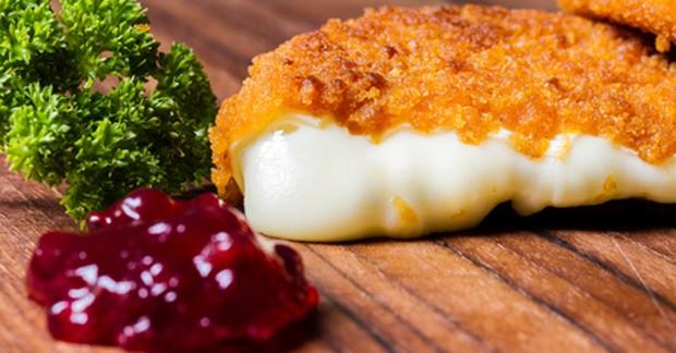 Camembert paniert