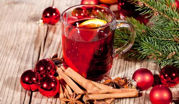 Heißgetränk Punsch mit Alkohol