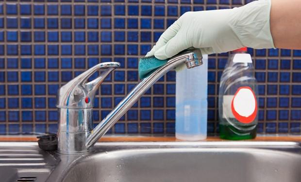 Küchenarmaturen richtig reinigen