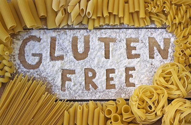 Heutzutage sind auch glutenfreie Nudelsorten sind in vielen Supermärkten zu kaufen.