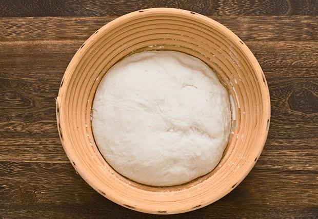 Der Gärkorb stabilisiert den Brotteig und schützt diesen vor Austrocknung.
