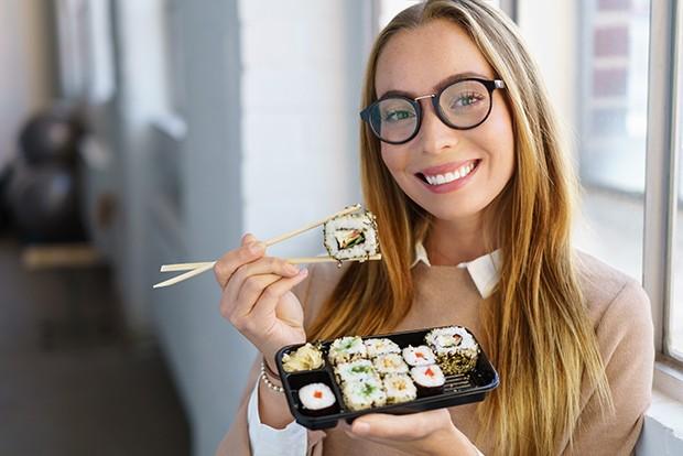 Seit einigen Jahren ist der Sushi-Boom ungebrochen und liegt voll im Trend.