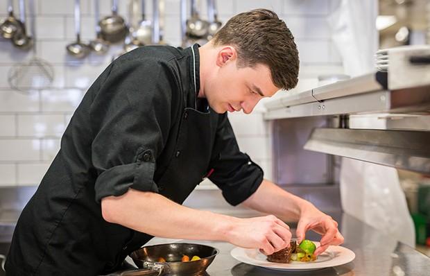 Lukas Olbrich ist seit Juli 2017 der neue Küchenchef im Cuisino Wien.