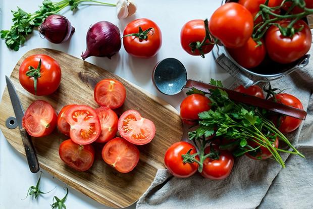 Frische, sonnengereifte, saftige Tomaten sind bei einer Tomatensuppe die wichtigste Zutat.