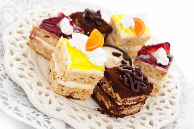 Kleine Kuchen aus der französischen Küche
