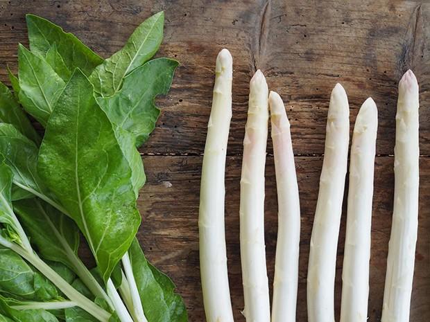 Spinat und Spargel gelten als klassisches Frühlingsgemüse.
