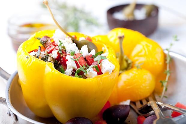 Paprika gefüllt mit Gemüse, Reis, Faschiertem, mit Käse oder in Kombination sind sehr beliebt.