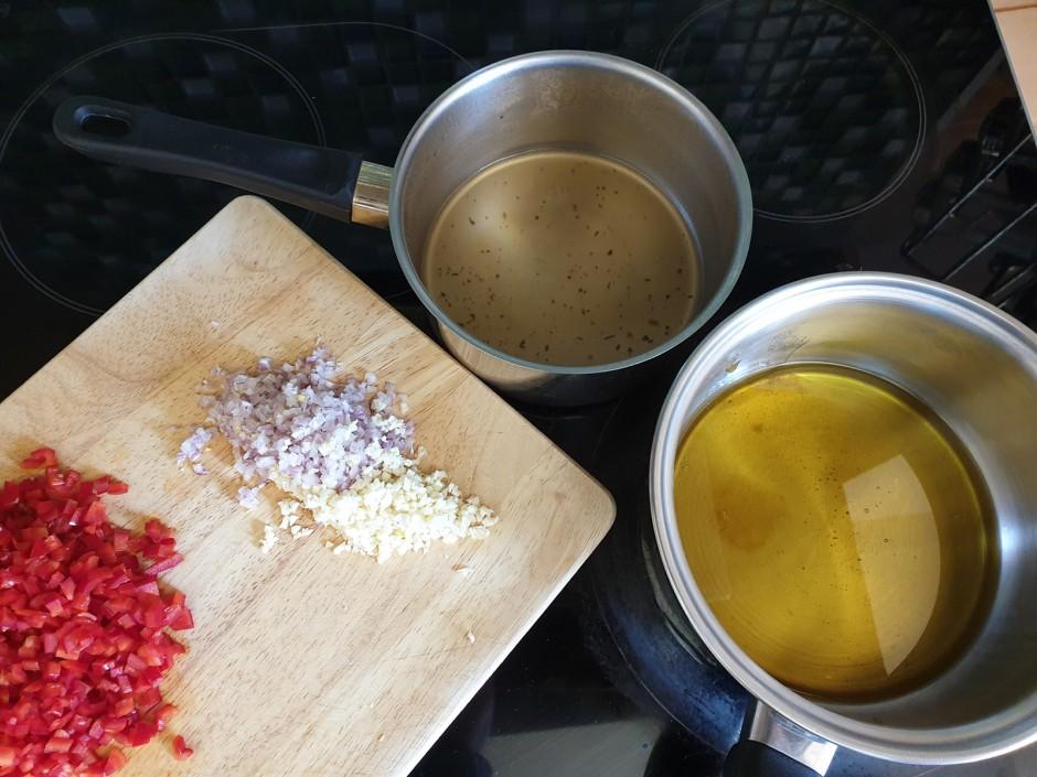 Tortilla mit Pulled Lachs und Salsa