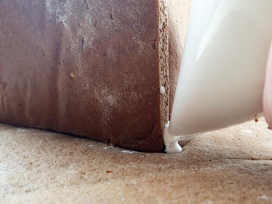 Wände mit Zuckerguss fertig stellen