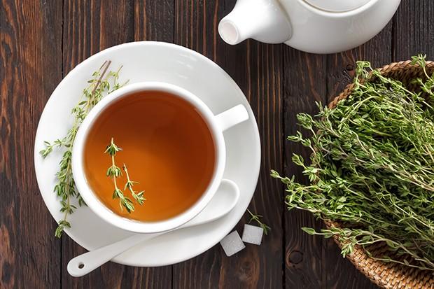 Nicht nur zum Würzen von Speisen sondern auch für Tees kann man Thymian verwenden.