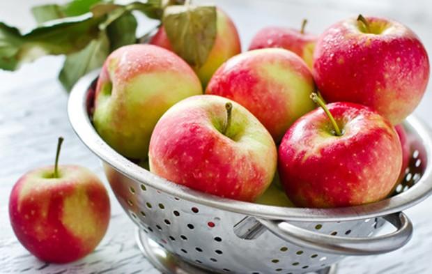 Gesunde und knackige Äpfel