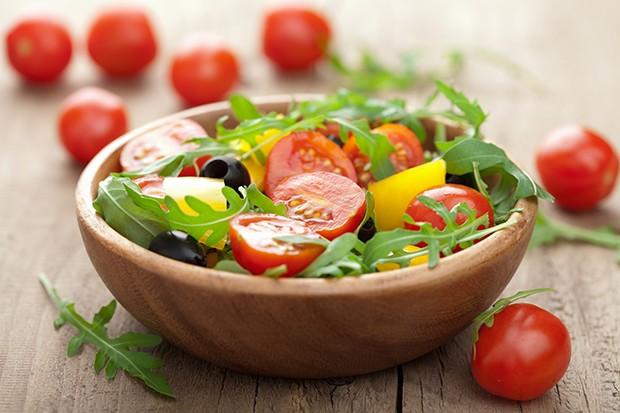 Die Rohkost-DIät ist zwar keine reine Monodiät, aber auch hier fehlen deinem Körper wichtige Nährstoffe.
