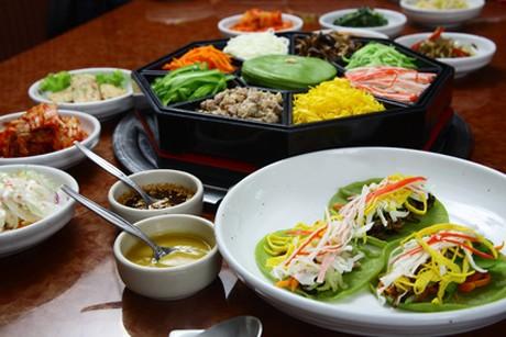 koreanische-kuche-wuerzige-kulinarik-mit-viel-reis.jpg