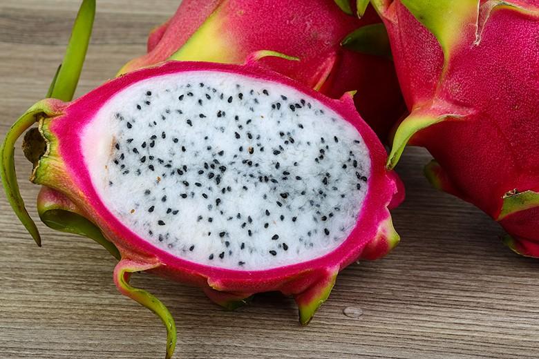 drachenfrucht-pitahaya-aufschneiden.jpg