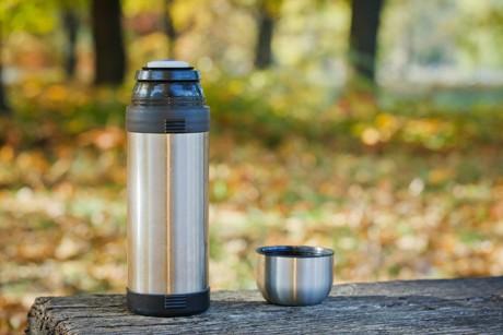 kaffee-in-der-thermoskanne-noch-laenger-warmhalten.jpg