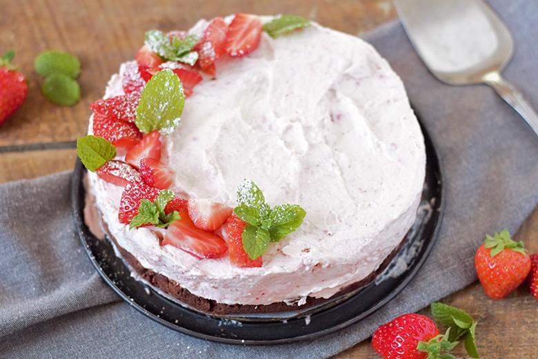 erdbeer-cheesecake-ohne-backen.jpg