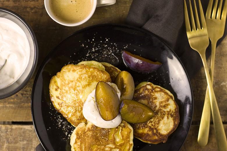 topfen-pancakes-mit-zimtcreme.jpg