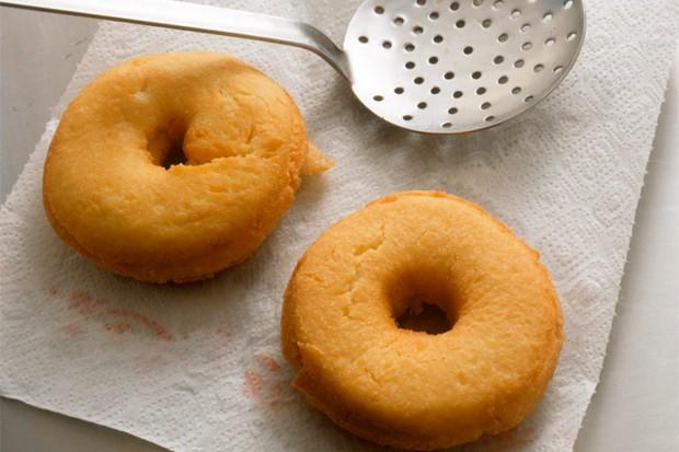 Donuts servieren
