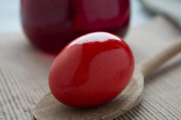 Osterei färben mit Roten Rüben