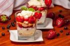 Tiramisu mit Erdbeeren