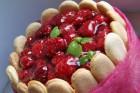 Himbeer-Vanilletorte mit Biskotten