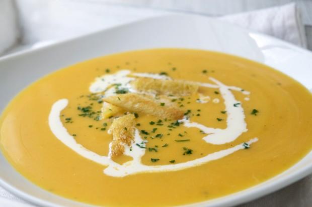 Marillen-Karottensuppe