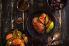Gänsebrust in Rotwein mit Birnen