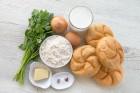 Zutaten für Semmelknödel