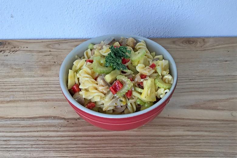 Nudel-Matjes-Salat