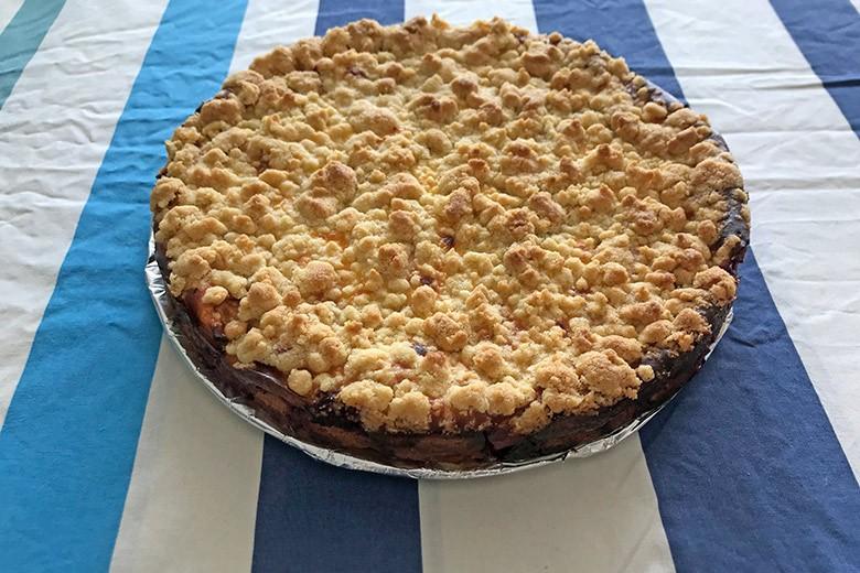 Apfel-Himbeer-Topfen-Kuchen