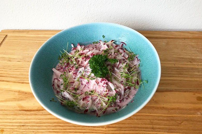 Radieschen-Joghurt-Salat