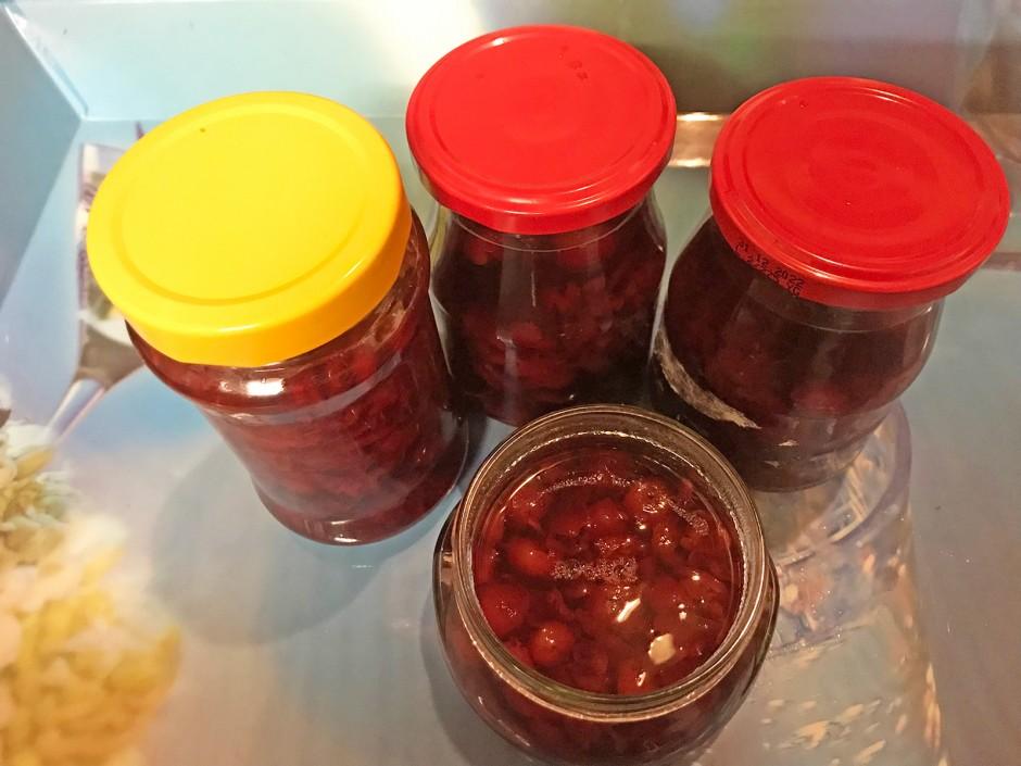 Sauerkirsch-Fruchtzubereitung