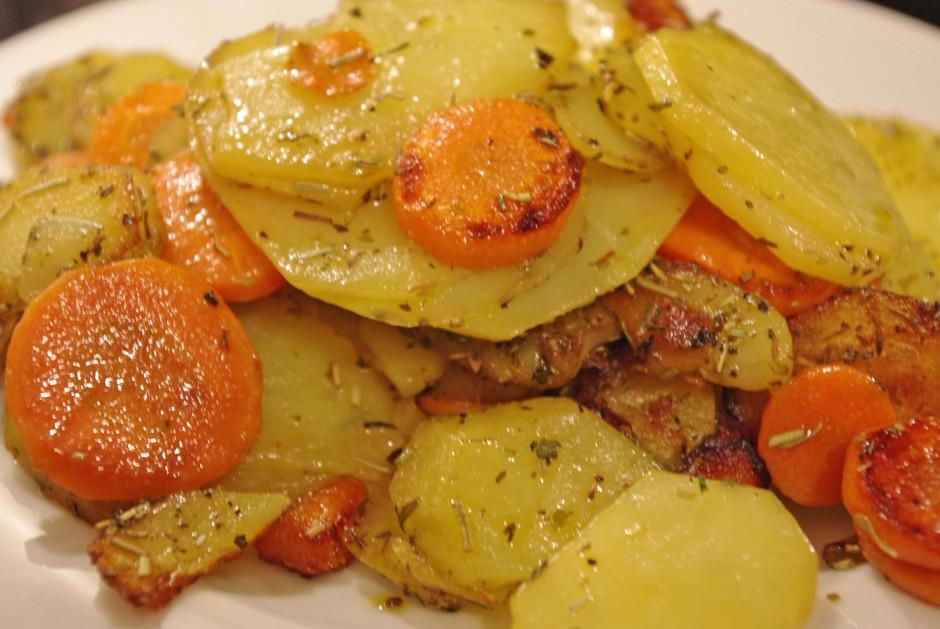 bratkartoffeln-mit-moehren.jpg