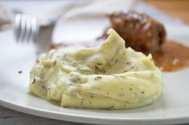 Kartoffelpüree mit Kümmel und Majoran