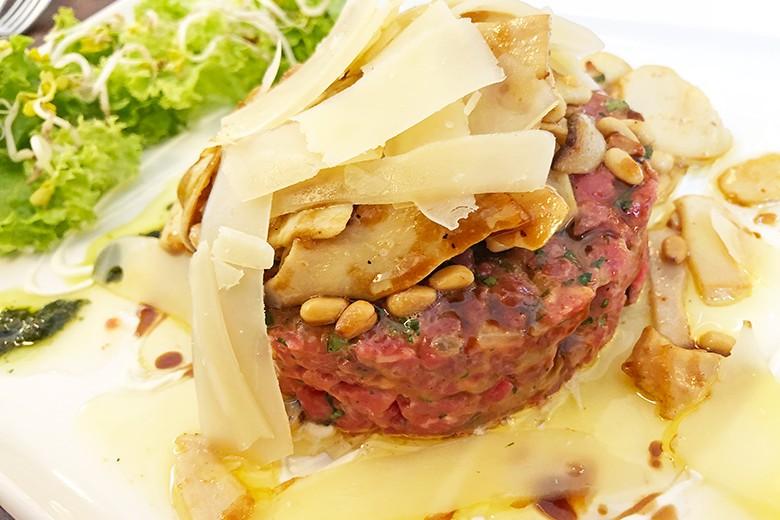 Beef-Tartar-Sulz