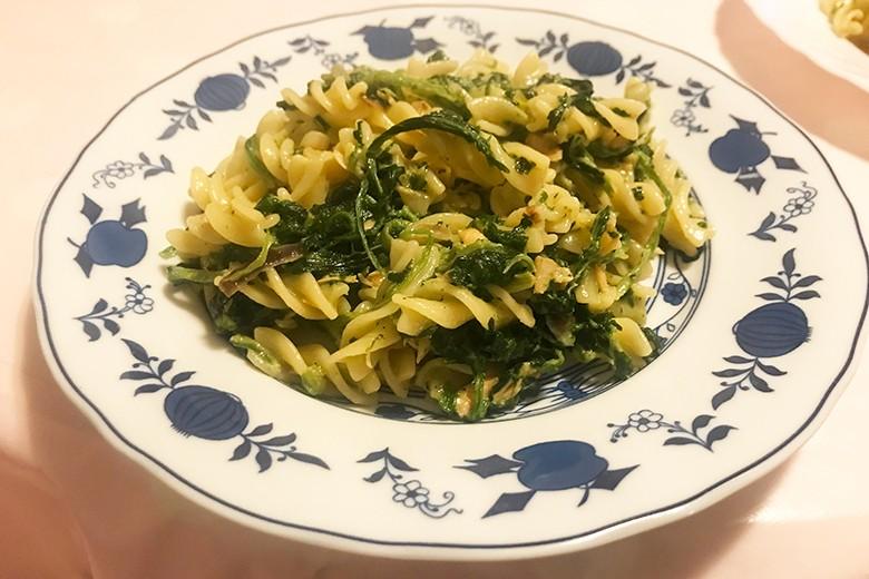 Spirelli mit Spinat und Lachs