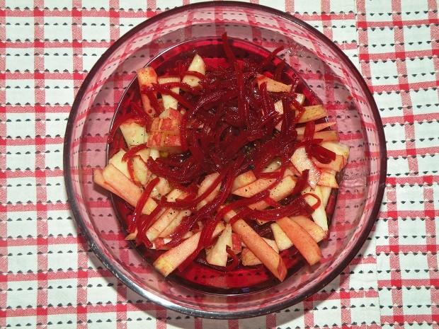 apfel-rote-bete-salat.jpg