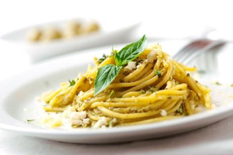 spaghetti-mit-pesto.jpg