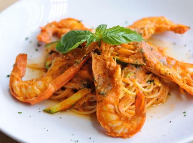 Spaghetti mit Chili-Scampi