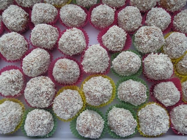 kokos-muesli-kugeln.jpg