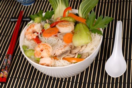 shrimps-salat-mit-nudeln.jpg