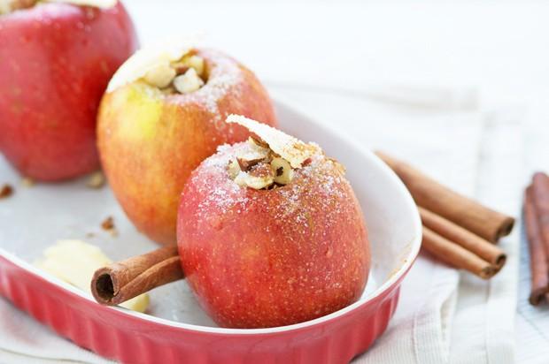 Bratapfel mit Rumrosinen
