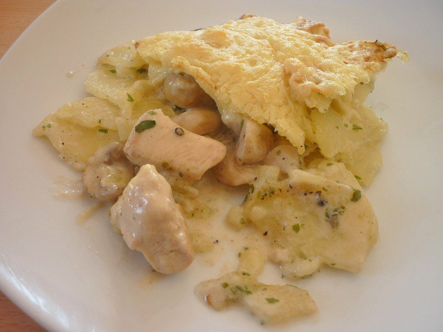 kartoffel-gefluegel-gratin.jpg