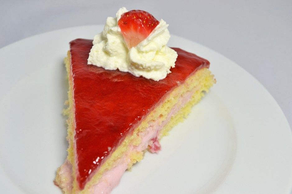 erdbeer-joghurt-torte.jpg