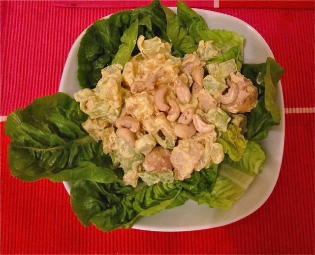 fruchtiger-haehnchensalat-mit-currydressing.jpg