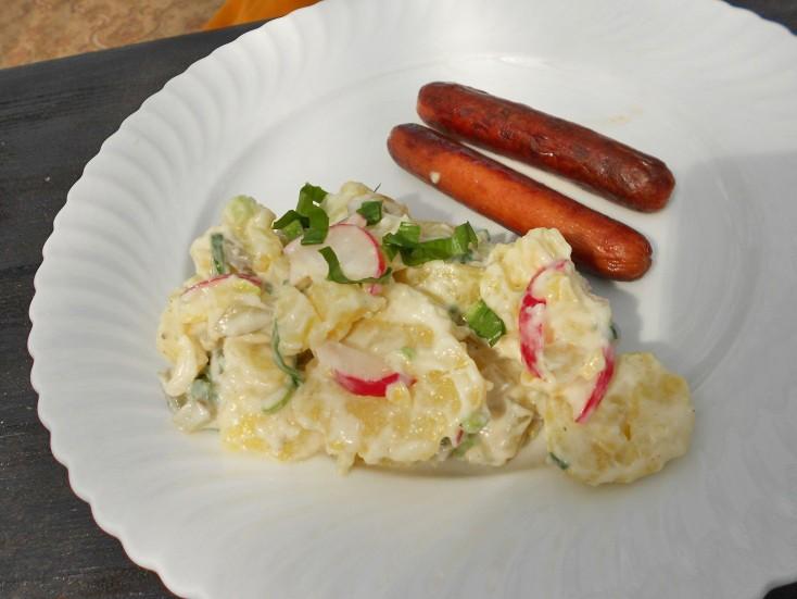 kartoffelsalat-mit-baerlauch-und-radieschen.jpg
