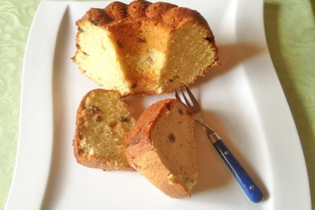 Nuss-Rosinenkuchen